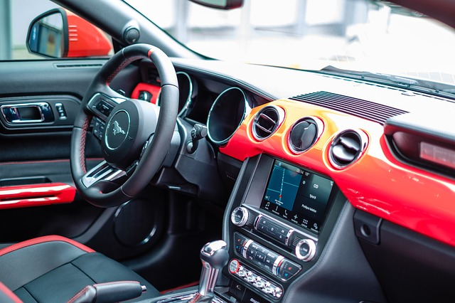 wnętrze auta